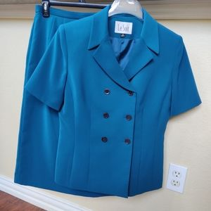 Le Suit Double Breasted Short Sleeve Skirt Suit